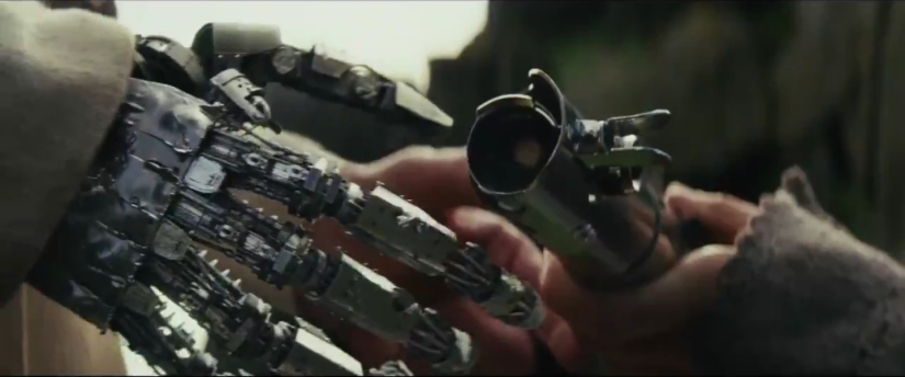 The Force Awakens Symbolism: Duality of Hands